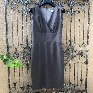 [banana republic] gray sleeveless sheath dress